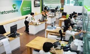 Sản phẩm dich vụ bán lẻ Vietcombank: Cú hích từ những phong trào thi đua