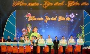 """Vietcombank đồng hành cùng """"Mùa xuân- Gia đình- Biển đảo"""""""