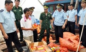 Hải quan Quảng Ninh bắt giữ trên 2 tấn pháo nổ