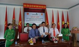 Vietcombank ký hợp tác thu ngân sách nhà nước tại Phú Yên và Vĩnh Phúc