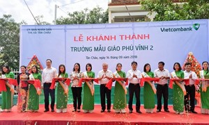 Bàn giao Trường học tại tỉnh An Giang do Vietcombank tài trợ 7 tỷ đồng