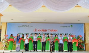 Vietcombank tài trợ 3 tỷ đồng xây trường học tại Hải Dương