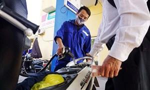 Giá xăng dầu giảm nhẹ