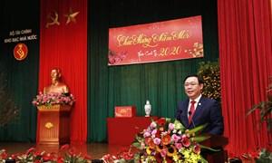 Phó Thủ tướng Chính phủ Vương Đình Huệ thăm và làm việc với Kho bạc Nhà nước