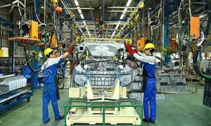 Bộ Tài chính: Tiếp tục nghiên cứu tính thuế đối với ôtô nội