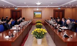 Thứ trưởng Trần Xuân Hà tiếp Phó Trợ lý Bộ trưởng Tài chính Hoa Kỳ