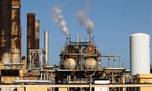 Hy vọng về việc cắt giảm sản lượng, giá dầu tăng tại thị trường châu Á
