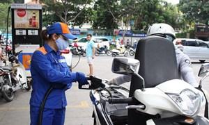 Giá xăng dầu giảm sâu từ 15 giờ hôm nay