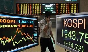 Nhà đầu tư ngoại liên tục bán tháo trên thị trường chứng khoán Hàn