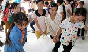 Tạm dừng ký hợp đồng xuất khẩu gạo mới để đảm bảo cung ứng gạo cho nhân dân