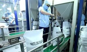 Bộ Công Thương: Tiếp tục xuất khẩu gạo nhưng kiểm soát chặt số lượng