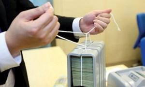 Tái cơ cấu hệ thống các tổ chức tín dụng gắn với xử lý nợ xấu