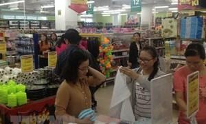 Thị trường bán lẻ dịp lễ 30/4-1/5 ở TP. Hồ Chí Minh: Dự báo sức mua tăng 70%