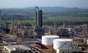 Doanh nghiệp xăng dầu linh hoạt đối phó với giá dầu giảm
