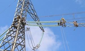 """Xã hội hóa lưới điện truyền tải: """"Gỡ"""" nút thắt phát triển năng lượng"""