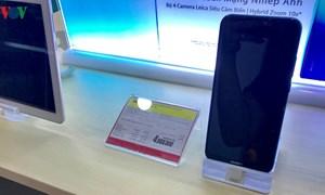 """Điện thoại Huawei: Người dùng bán """"tháo"""", nhà buôn khuyến mại """"khủng"""""""