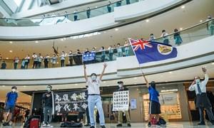 Nhiều cư dân Hồng Kông quyết định bỏ xứ ra đi theo sau luật an ninh của Trung Quốc