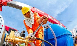 Tiêu thụ điện lập kỷ lục mới, EVN huy động nhiệt điện chạy dầu