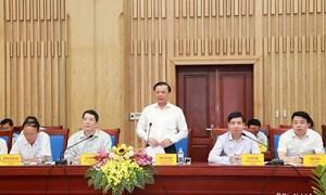 Bộ trưởng Đinh Tiến Dũng thăm và làm việc tại tỉnh Nghệ An