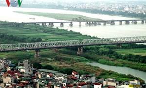 """Hà Nội bao giờ """"chốt"""" được quy hoạch hai bên bờ sông Hồng?"""