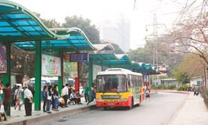 Hà Nội lựa chọn trên 300 vị trí để lắp đặt nhà chờ xe buýt