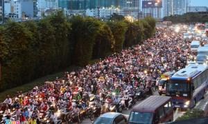 Cần có giải pháp nhằm giảm tác động bất lợi đối với người dân khi hạn chế xe máy