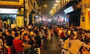 Phát triển kinh tế ban đêm ở Việt Nam - cẩn trọng những góc tối