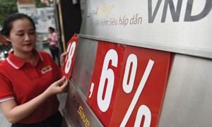 Ngân hàng đồng loạt giảm lãi suất cho vay, kích cầu tín dụng