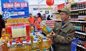 Hàng trăm mặt hàng phục vụ Tết được đưa vào danh sách bình ổn giá