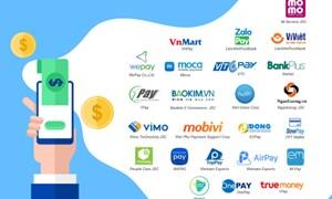 Các nhân tố tác động tới sự hài lòng của người dùng dịch vụ ví điện tử