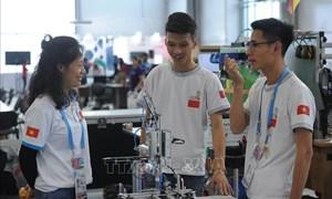 Đổi mới giáo dục nghề nghiệp thích ứng với Cách mạng công nghiệp 4.0