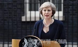 Thủ tướng Anh cảnh báo nguy cơ đất nước rơi vào