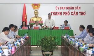 Bộ trưởng Đinh Tiến Dũng làm việc với TP. Cần Thơ