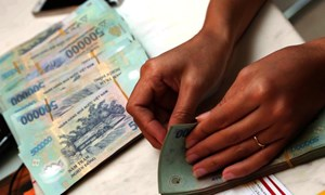 Sớm tháo gỡ khó khăn, vướng mắc trong mua bán nợ