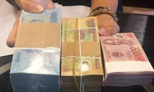 Ì xèo đổi tiền mới