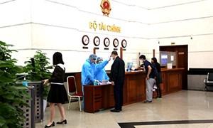 Bộ Tài chính yêu cầu nâng cao trách nhiệm của người đứng đầu trong phòng chống dịch