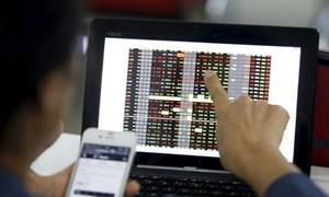 Thế nào là khoản thu trái pháp luật trên thị trường chứng khoán?