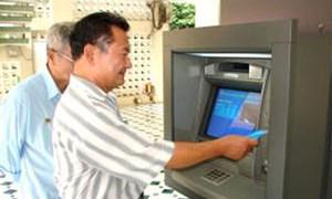 Mở rộng chi trả lương hưu, trợ cấp xã hội qua thẻ điện tử