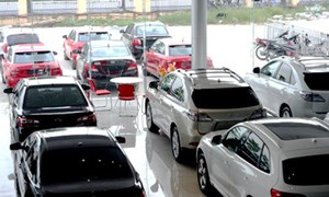 Thị trường ô tô Việt biến động trái chiều vì dịch COVID-19