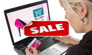 Thị trường thời trang: Đẩy mạnh bán Online và giảm giá