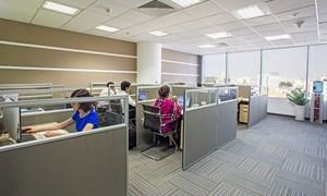 Giá thuê bất động sản bán lẻ giảm, tỷ lệ trống văn phòng tăng