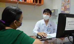 Tạo điều kiện thuận lợi cho người bệnh tham gia BHYT trong dịch Covid-19