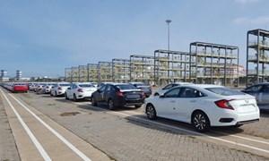 Tháng 4, lượng xe ô tô nhập khẩu về Việt Nam giảm thấp nhất tính từ đầu năm