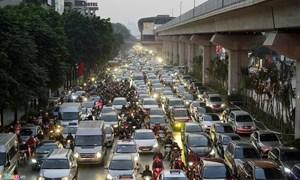 20 tòa chung cư chen chúc trên tuyến đường 720 m tại Hà Nội