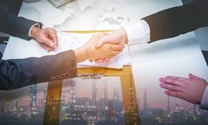 Chứng khoán đến thời, doanh nghiệp bất động sản đua nhau tăng vốn