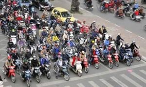 Sức mua giảm nhưng mỗi ngày người Việt vẫn tiêu thụ hơn 8.300 xe máy