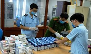 Số lượng lớn ma túy ngụy trang trong các lọ thực phẩm chức năng bị bắt giữ