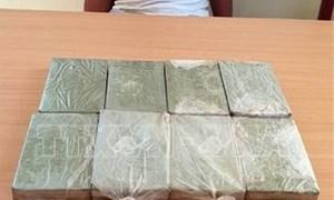 Cục Hải quan Điện Biên phối hợp bắt giữ đối tượng mua bán trái phép chất ma túy