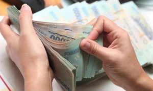 Tín dụng tắc đầu ra, ngân hàng dịch chuyển dòng tiền vào lĩnh vực mới