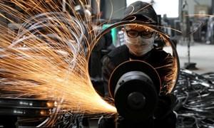 Tháng 8, sản xuất Trung Quốc tăng nhanh nhất trong gần 10 năm